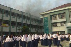 Kebakaran di SMPN 8 Tangsel, Siswa yang Sedang Ujian Dipulangkan