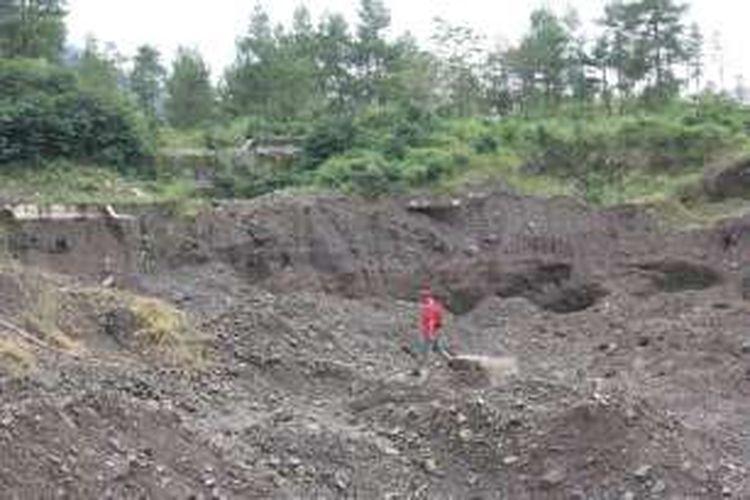 Area bekas penambangan pasir di Taman Nasional Gunung Merapi, Kabupaten Magelang, Jawa Tengah, akhir Januari 2017.