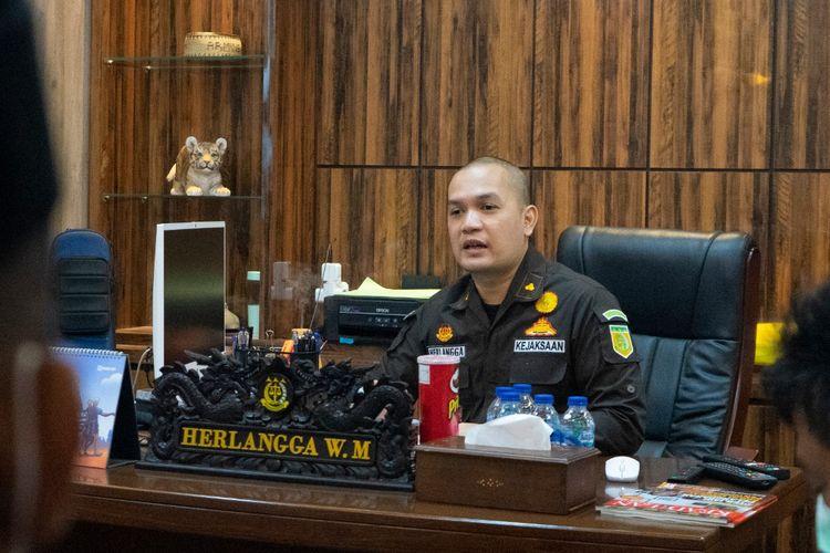Kepala Seksi Intelijen Kejaksaan Negeri (Kejari) Depok, Herlangga Wisnu Murdianto.