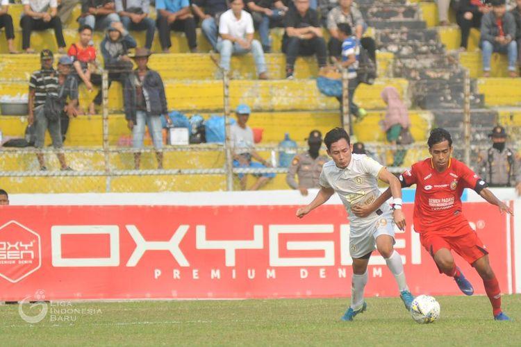 Laga lanjutan pekan ke-18 Liga 1 2019 antara Semen Padang vs PSS Sleman di Stadion Haji Agus Salim, Jumat (13/9/2019).