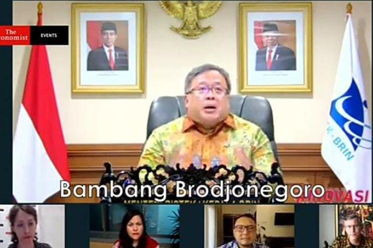 Menteri Riset dan Teknologi Bambang Brodjonegorodalam diskusi webinar With the Economist yang disiarkan secara virtual, Rabu (31/3/2021). (Tangkapan layar) ro