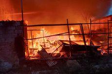 Kebakaran Besar di Toko Mebel Cakung, Api Merambat ke Sejumlah Rumah dan Mobil Warga