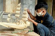 Cegah Pemuda di Desanya Merantau, Wandi Rintis Usaha Kerajinan Berbahan Baku Limbah Kayu