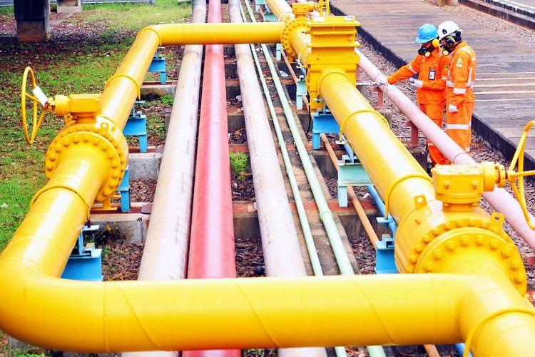 PT. Perusahaan Gas Negara (PGN) berkomitmen untuk ikut pulihkan ekonomi nasional melalui penyaluran gas bumi.