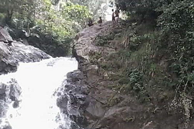 Tiwu (kolam) Ndeghar Peka, Desa Ranggu, Kecamatan Kuwus Barat, Kabupaten Manggarai Barat, Flores, Nusa Tenggara Timur, Jumat (25/1/2019).