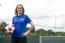 Dukungan untuk Kampanye Amal Legenda Sepak Bola Wanita, Kelly Smith
