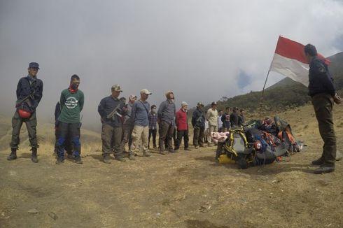 Petugas Amankan 7 Pendaki Ilegal di Gunung Gede Pangrango