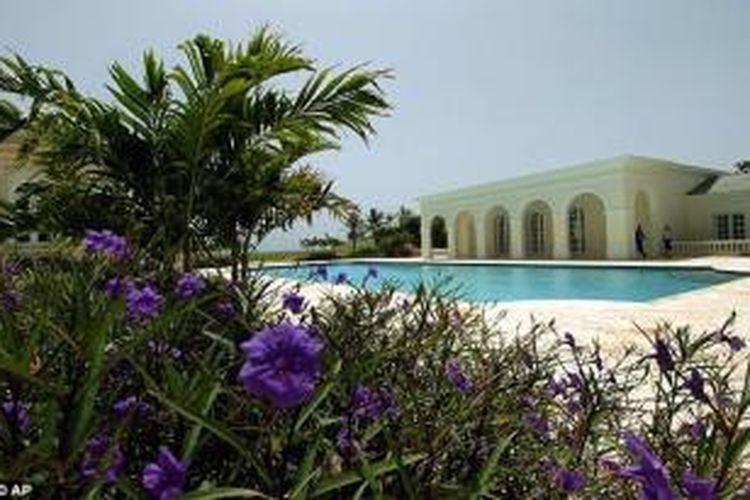 Maison de l'Amitie di Palm Beach, Florida, Amerika Serikat yang semula milik Donald Trump.