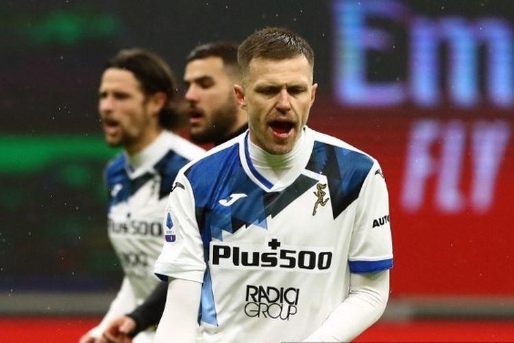 Ekspresi pemain Atalanta, Josipi Ilicic, usai mencetak gol ke gawang AC Milan, Minggu (24/1/2021) di San Siro.