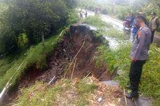 Diguyur Hujan Deras, 2 Titik Jalan di Lombok Tengah Ambles