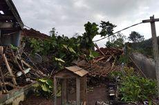 BERITA FOTO: Longsor di Nganjuk, 16 Warga Hilang, 2 Orang Tewas