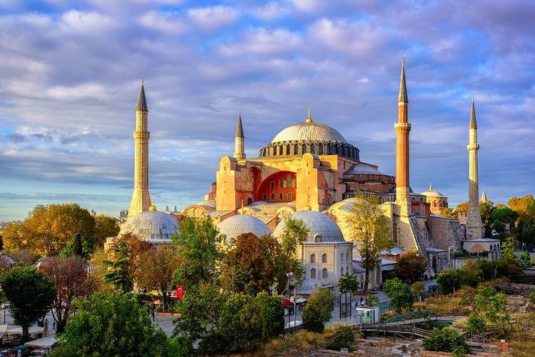 Ilustrasi Turki - Bangunan Hagia Sophia.