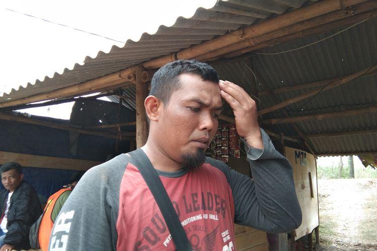 Aris Prasetyo, pekerja proyek yang menyaksikan kecelakaan beruntin di tol Purbaleunyi, Senin (2/9/2019) terjadi.