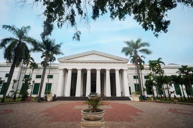 Museum Seni Rupa dan Keramik yang berada di Kawasan Kota Tua Jakarta.