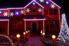 Ketika Lampu-lampu Berdansa Semarakkan Natal....