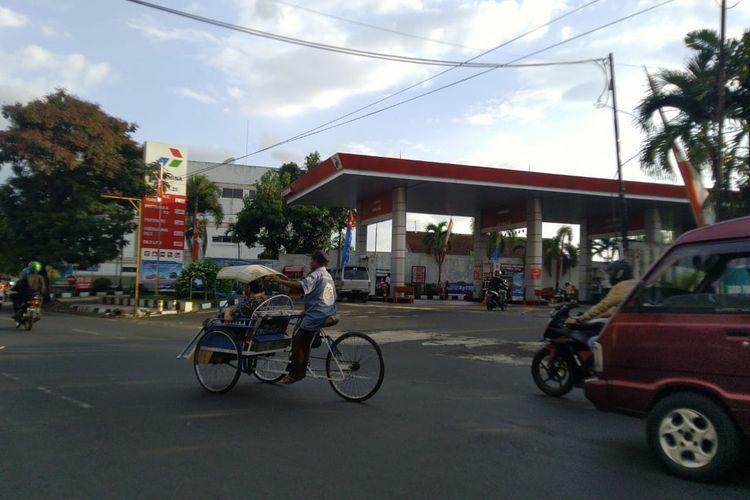 SPBU Jalan Ahmad Yani usai diisi BBM oleh kendaraan truk tangki pertaminan pada Senin (12/10/2020)