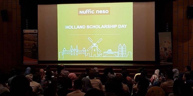 Holland Scholarship Day dihadiri oleh ratusan peserta yang berminat untuk melanjutkan studi di luar negeri seperti Belanda.