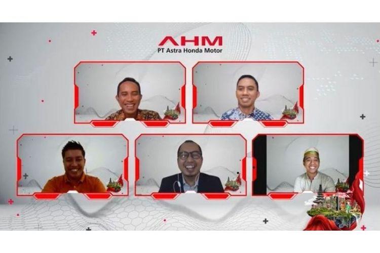 GM Corporate Communication Ahmad Muhibbuddin (kiri atas) bersama para narasumber inspiratif pada gelaran Talkshow Sinergi Bagi Negeri (11/9/2021).