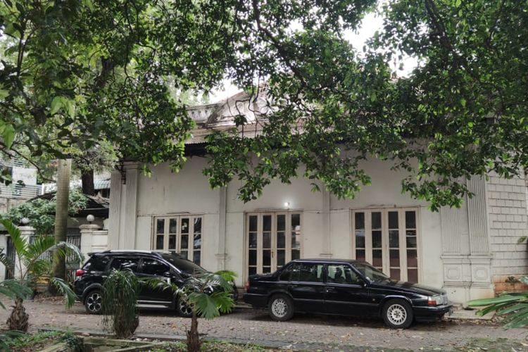 Kantor Kemenlu pertama di Jalan Cikini Raya, Jakarta Pusat, Selasa (13/4/2021). Bangunan ini ternyata milik pribadi keluarga Menlu pertama RI Achmad Soebardjo yang kini akan dijual