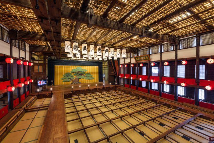 Konpira Grand Theatre (Kanamaruza) tempat Kabuki ditampilkan