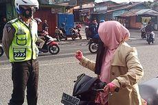 Ditegur Tak Pakai Helm, Ibu Ini Marahi Polisi di Tengah Jalan, Ini Ceritanya