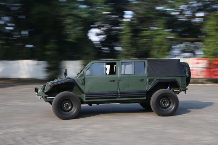 Prototipe kendaraan taktis (rantis) Maung 4x4 produksi PT Pindad di Bandung, Jawa Barat, Rabu (22/7/2020). Kendaraan ini digunakan beberapa waktu lalu oleh Menteri Pertahanan, Prabowo Subianto dan rencananya akan diproduksi secara massal.