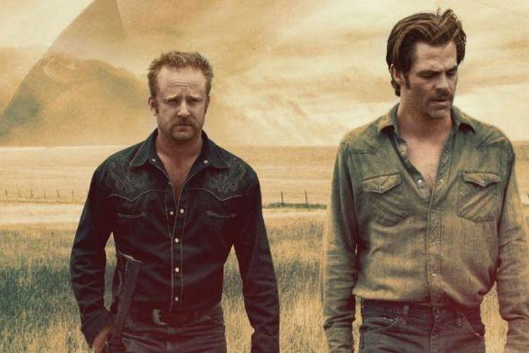 Aktor Ben Foster (kiri) dan Chris Pine dalam film Hell or High Water.