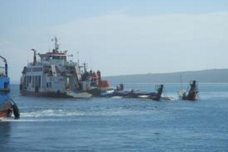 Ilustrasi kapal kandas.