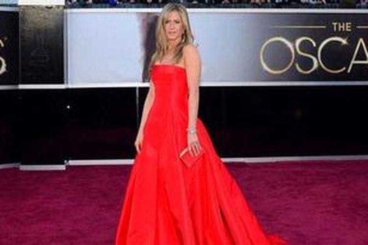 Jennifer Aniston menggunakan the zone diet untuk menurunkan berat badannya.