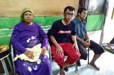 Cerita Maesaroh soal Banjir Jatipadang yang Hanya Menyisakan Kasur Tidurnya...