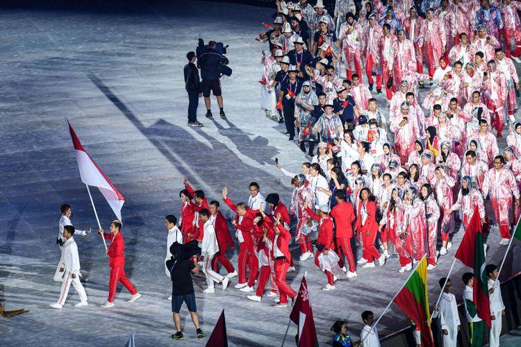 Defile atlet tiap negara menyemarakkan Upacara Penutupan Asian Games ke-18 Tahun 2018 di Stadion Utama GBK, Senayan, Jakarta Pusat, Minggu (2/9/2018).
