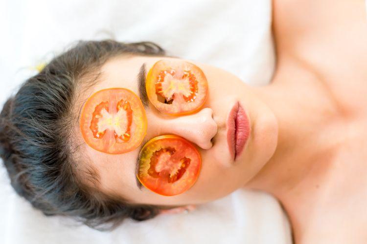 ilustrasi masker tomat