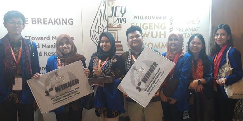 Tim mahasiswa Program Studi Teknik Geologi Universitas Pertamina Angkatan Tahun 2017 berhasil meraih juara pertama kategori paper competition dalam kompetesi Geology Total Action (GTA) 2019 pada 21-23 November 2019 di Yogyakarta.