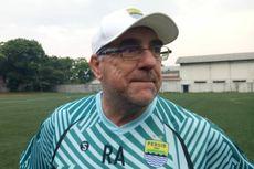 Kecocokan Geoffrey Castillion dengan Kisi-kisi dari Pelatih Persib