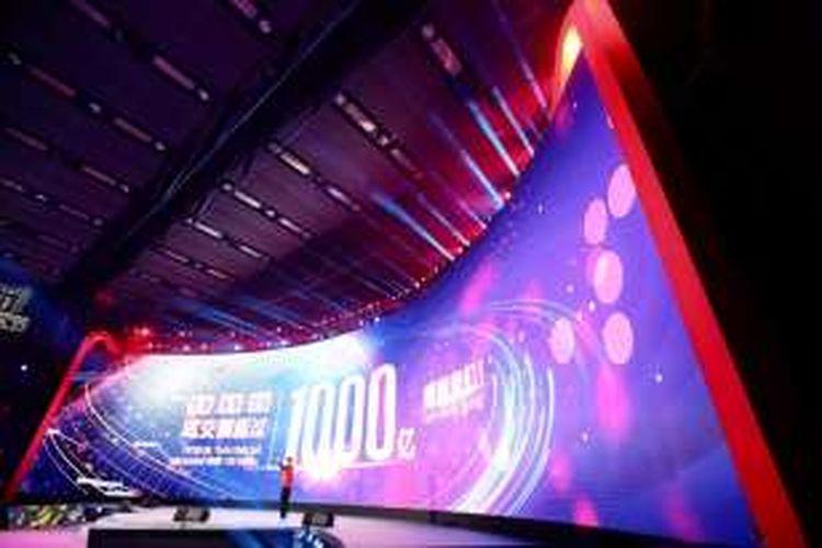 Penjualan di ajang 11.11 Global Shopping Festival menembus 100 juta RMB pada 18.55 waktu Shenzen.