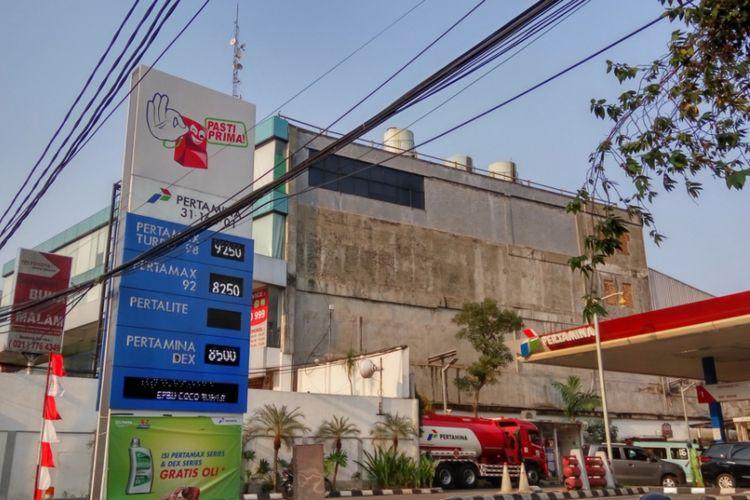 SPBU 31.164.01, salah satu SPBU Pertamina yang ada di Jalan Margonda, Depok.