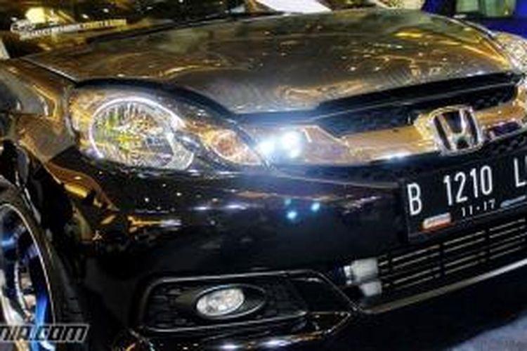 6500 Bemper Mobil Brio Modifikasi Terbaik