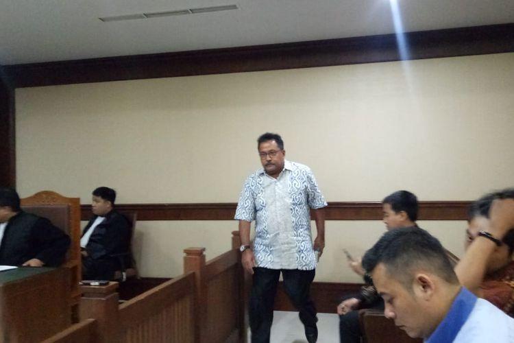 Jaksa Komisi Pemberantasan Korupsi (KPK) menghadirkan mantan Wakil Gubernur Banten Rano Karno sebagai saksi di persidangan untuk terdakwa Tubagus Chaeri Wardana alias Wawan.