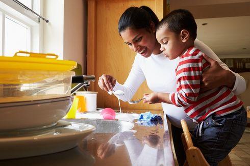Mau Dapat Uang Tambahan? Ini 7 Pekerjaan untuk Ibu Rumah Tangga