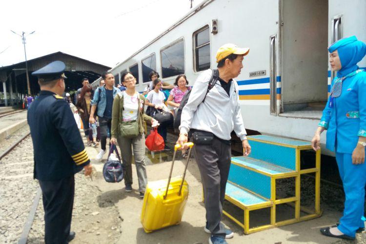 Ilustrasi penumpang Argo Parahyangan.