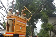 Pemkot Jakarta Selatan Potong Kabel Utilitas yang Semrawut