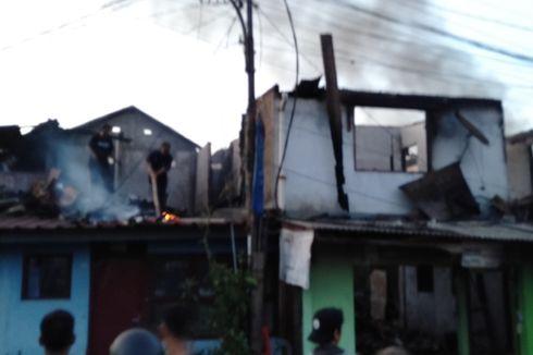Kebakaran di Kebayoran Lama, Warga Panik Ketika Api yang Sempat Padam Kembali Menyala