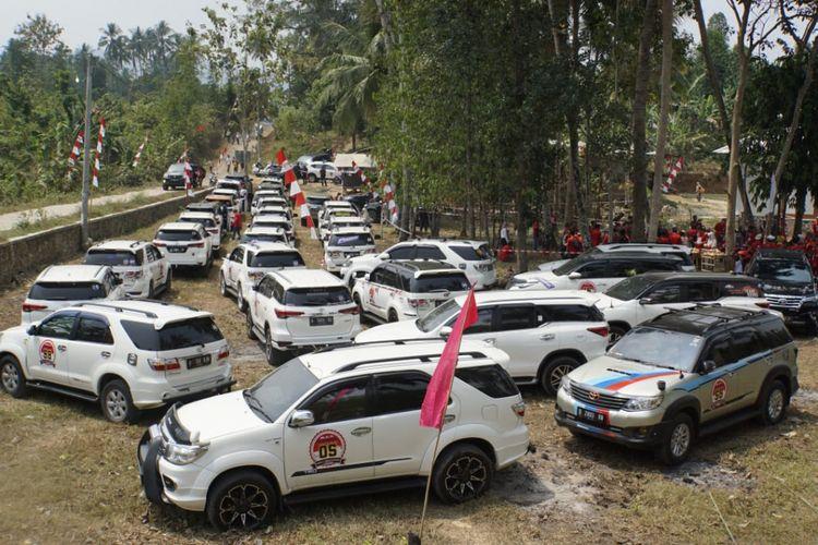 Komunitas Fortuner saat touring ke wilayah Serang, Banten 11-12 Agustus 2018.