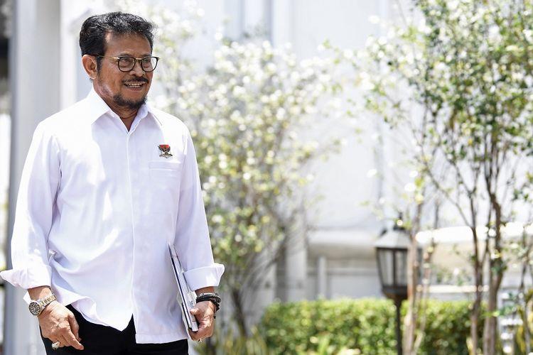 Politisi Partai Nasdem Syahrul Yasin Limpo tiba di Kompleks Istana Kepresidenan di Jakarta, Selasa (22/10/2019). ANTARA FOTO/Puspa Perwitasari/foc.