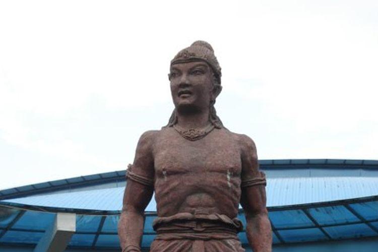 Patung Ken Arok, pendiri Kerajaan Singasari.