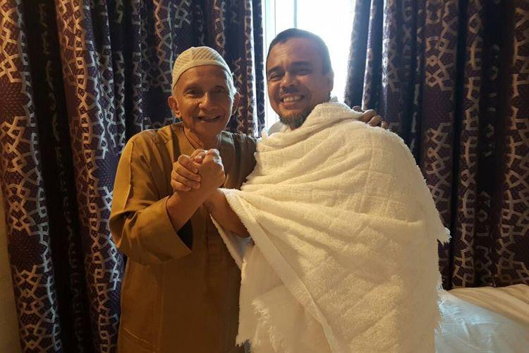 Amien Rais dan Rizieq Shihab saat berfoto bersama.