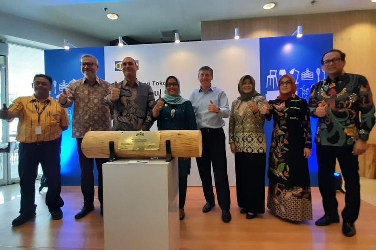 Pembukaan IKEA Sentul City dihadiri oleh Presien Direktur PT Hero SUpermarket Tbk Patrick Lindvall dan Bupati Bogor Ade Yasin, Kamis (28/11/2019).