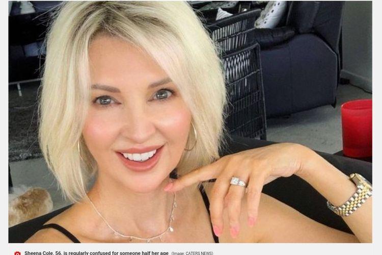 Sheena Cole (56) kerap dianggap gadis muda karena wajahnya yang tampak awet muda.