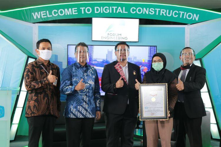 Forum Engineering WIKA meraih rekor MURI dengan partisipasi diskusi virtual lebih dari 100.000 peserta