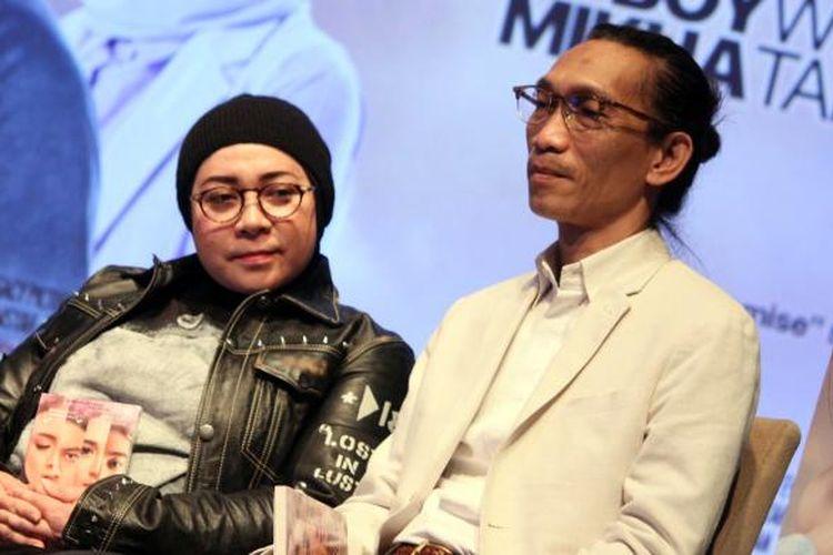 Melly Goeslaw dan Anto Hoed sebagai pembuat original soundtrack film Promise hadir dalam acara peluncuran soundtrack film itu di Lounge Plaza Senayan XXI, Jakarta Pusat, Senin (14/11/2016).
